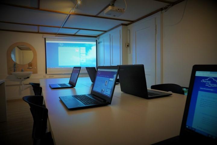 Schulungsraum bei Sacker IT Services
